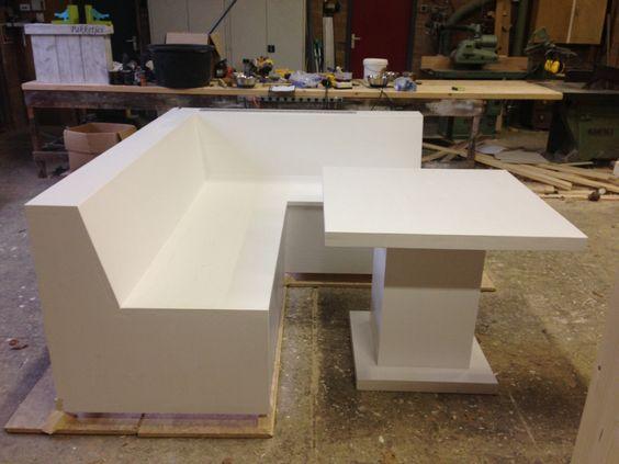 Keuken hoekbank met tafel Houten meubelen voor het