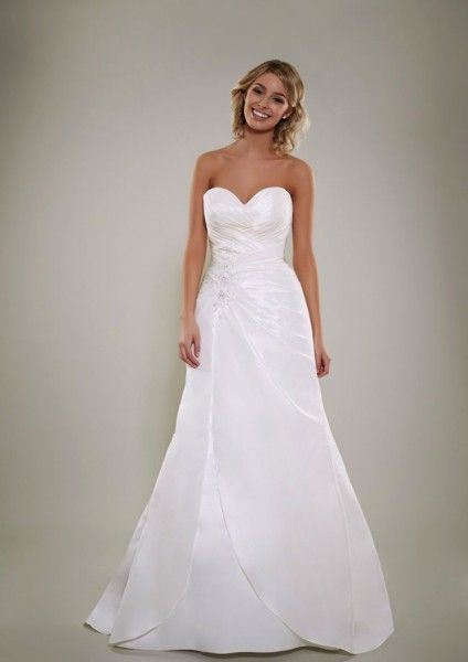 Wedding Gowns For Short Curvy Brides : Wedding dresses for short curvy brides google search