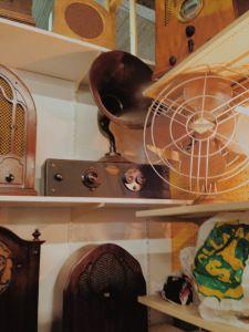 Un vrai gramophone, l'un des trésors découverts au marché aux puces Saint-Michel - Le pamplemousse picoté