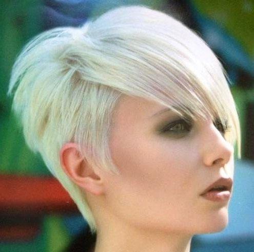 Fraulich Frisuren Fur Die Frau Kurze Haare Modell Schone Kurze Haare Kurzhaarschnitte