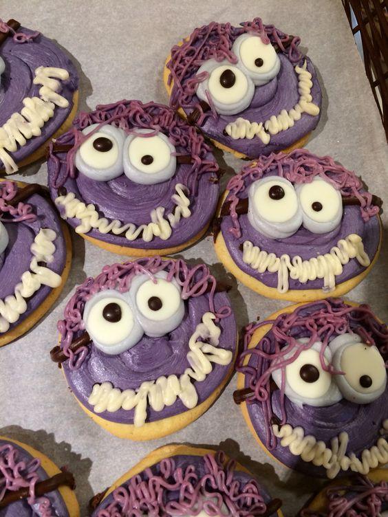 Minion cookies! For Halloween!