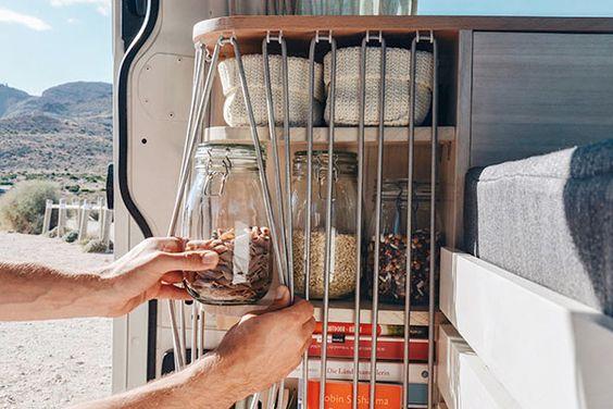 Bus ausbauen leicht gemacht! DIY Campervan ist DAS Buch für deinen Selbstausbau - DIY Campervan - Du möchtest deinen Bus ausbauen? Wir helfen dir dabei!