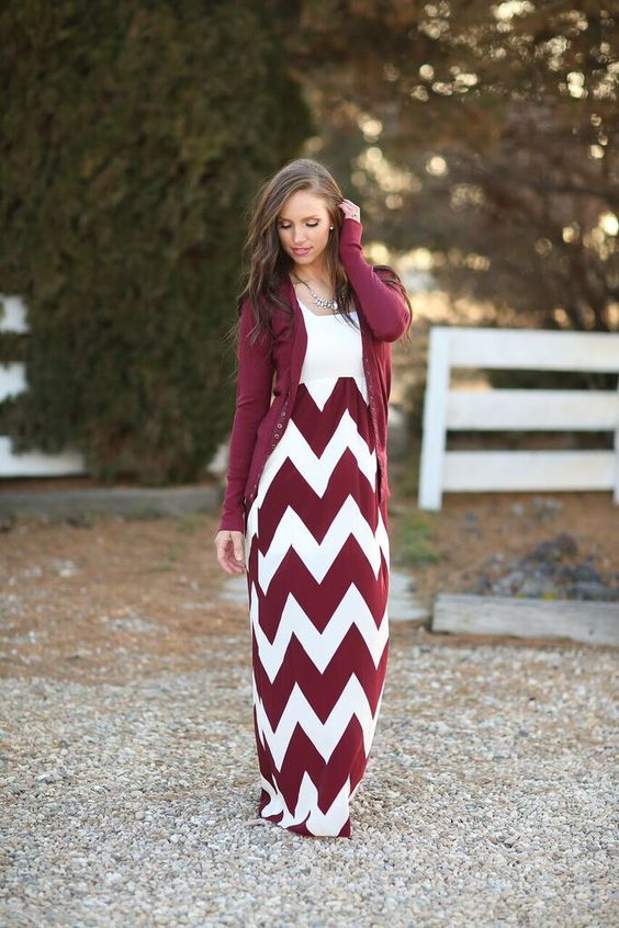 Be Still My Heart Chevron Dress – Ivory Gem