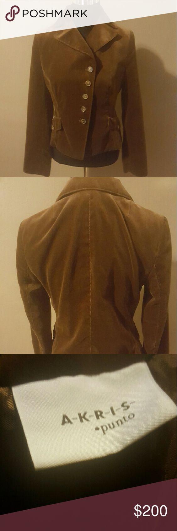 Akris Punto Brown Blazer Size 8 Pre-Loved in great condition Akris Jackets & Coats Blazers