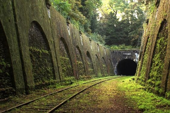 Abandoned Railroad Tunnel, France - this time without the crappy green photoshop filter - Imgur