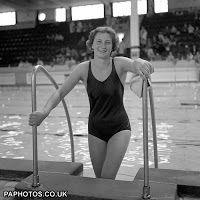Anita Lonsbrough