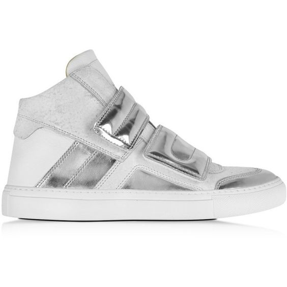 MM6 Maison Martin Margiela Shoes White Distressed Nubuck and Silver... (1.186.590 COP) ❤ liked on Polyvore featuring shoes, sneakers, white, white leather sneakers, rubber sole shoes, white velcro shoes, velcro strap sneakers and silver sneakers