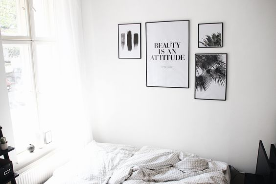 Interior Inspiration from http://schwarzersamt.com/how-to-create-a-gallery-wall/ The post is about how to create a gallery wall, picture wall with JUNIQE, bedroominspiration with poster on the wall, interiorinspiration, wall art