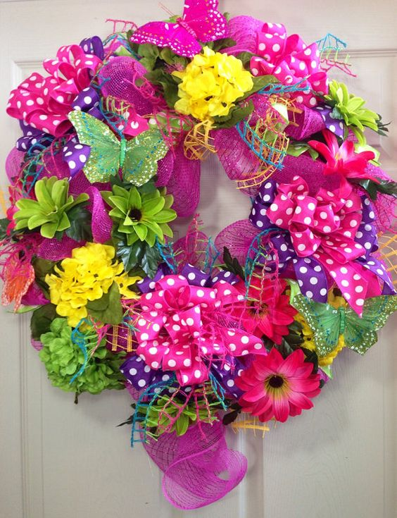 Mesh wreaths mesh and summer wreath on pinterest for Colorful summer wreaths