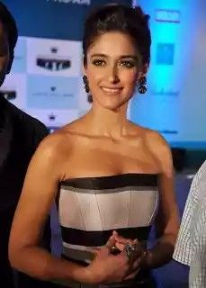 How am i - Ileana D Cruz -