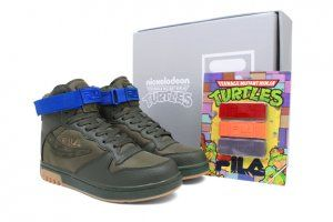Nickelodeon Releases Limited Edition Sneakers Inspired on the Teenage Mutant Ninja Turtles series - http://getmybuzzup.com/wp-content/uploads/2013/01/repost-us-4123294.jpg- http://gd.is/nq9Ys7