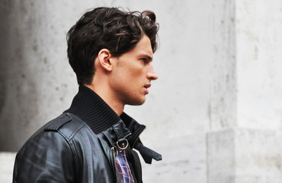All about the neck details on this men's leather #jacket.