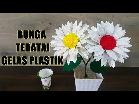 Ide Kreatif Kreasi Bunga Teratai Dari Gelas Plastik Minuman