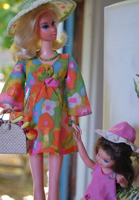 Walk Lively Barbie and Tutti!