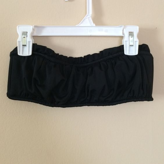 Black Ruffle Bandeau Swim Top Preloved // very comfy& padded \\ make an offer !! Apt. 9 Tops