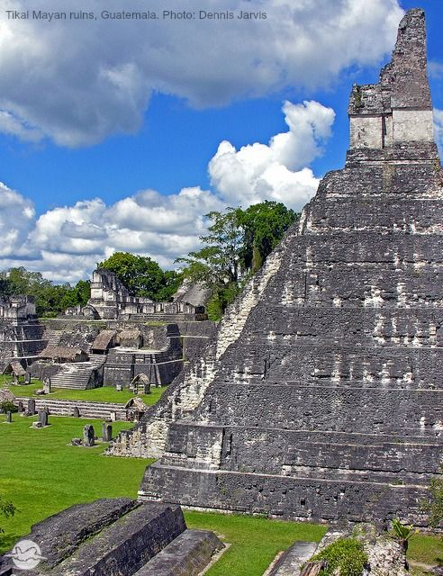 Alquiler de Bond: Moonraker (1979): Tikal ruinas mayas, Guatemala