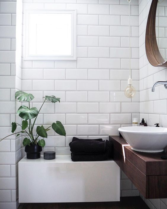 Minimalism subway tiles and bathroom on pinterest for Bathroom tile inspiration pictures