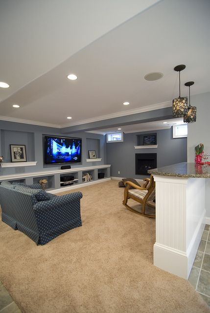 We Have Windows Like This Great Basement Idea Note The Windows Different Furniture Like The