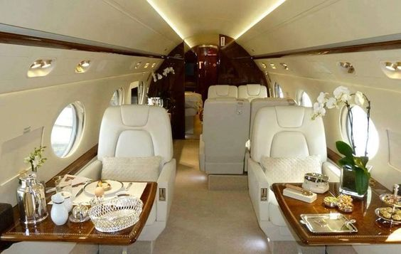 So lässt sich reisen. Ein wahrer Traum einmal mit der ganzen Familie in so einem Jet nach Thailand und zurück.