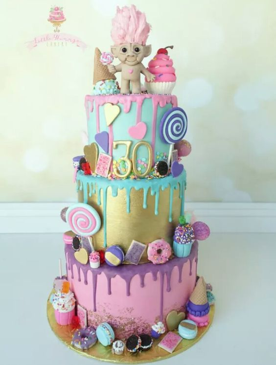 Troll Cake: