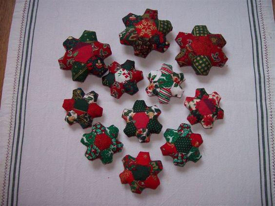 speldenkussentjes van hexagonnen Kerstfair 2011