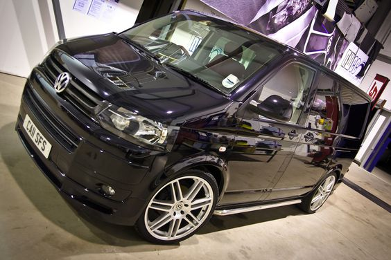 New wave vw t5 - Cooler in white or black?