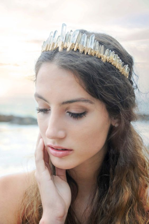 Raw Queens Golden Crystal Crown