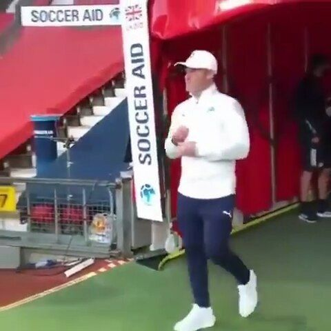 332 Me Gusta 6 Comentarios Wayne Rooney Fanpage Waynerooney Pic En Instagram Welcome Back To Oldtrafford Captain Wayne In 2020 Soccer Aid Soccer Wayne Rooney