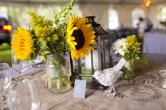 www.maryfieldsphotography.com    Sunflower centerpieces, Southern Florida wedding, southern wedding decor, MaryFieldsPhotography_TX  Photo By Mary Fields Photography
