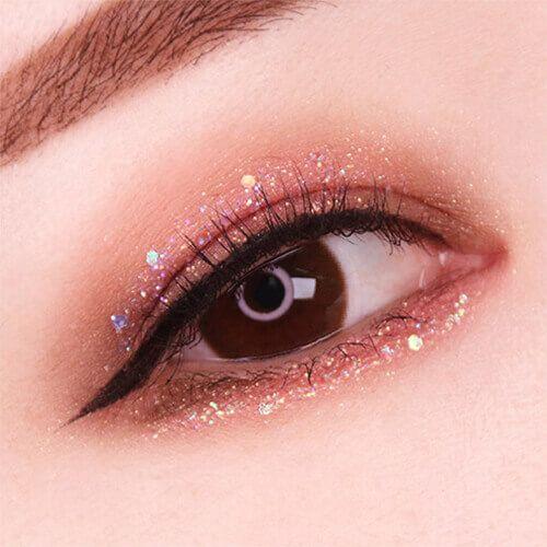 Make a big success with Halloween makeup ♡ Glitter of rumor ... #glitter #kore...