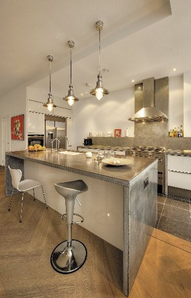 keuken met op maat gemaakt lichtgewicht betonnen werkblad