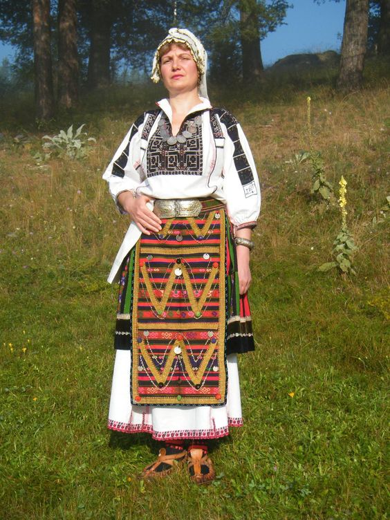 Красива облекло от област Плевен:
