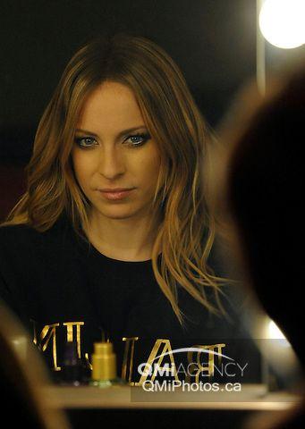 Marie mai marie mai pinterest for Marie mai album miroir