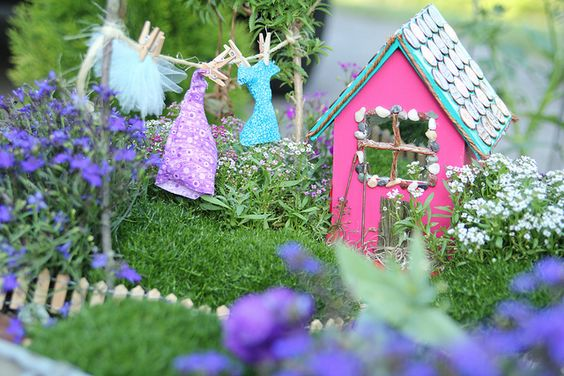Must make a fairy house... MUST!!