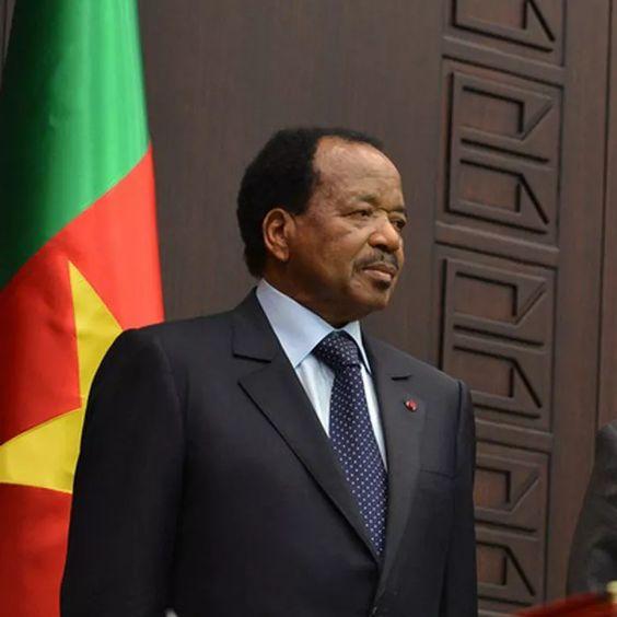 CAMEROUN :: Pr?sentation de V?ux : Paul Biya nargue ses courtisans :: CAMEROON