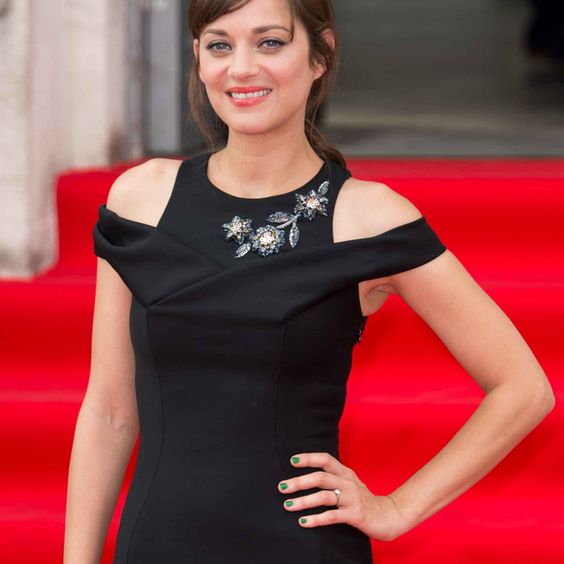 9 Lessons in Stylish, Conservative Dressing. By Marion Cotillard, Gia Coppola, Chloe Moretz and More