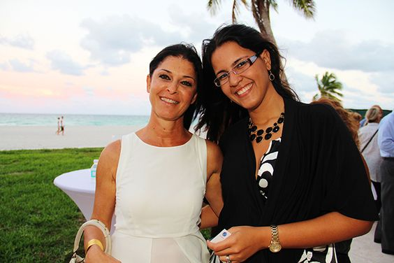 Property Markets Group Hosts Broker Event At Sage Beach. | MetroCitizen Magazine. Shelly Klinger, Gabriella Gonda.