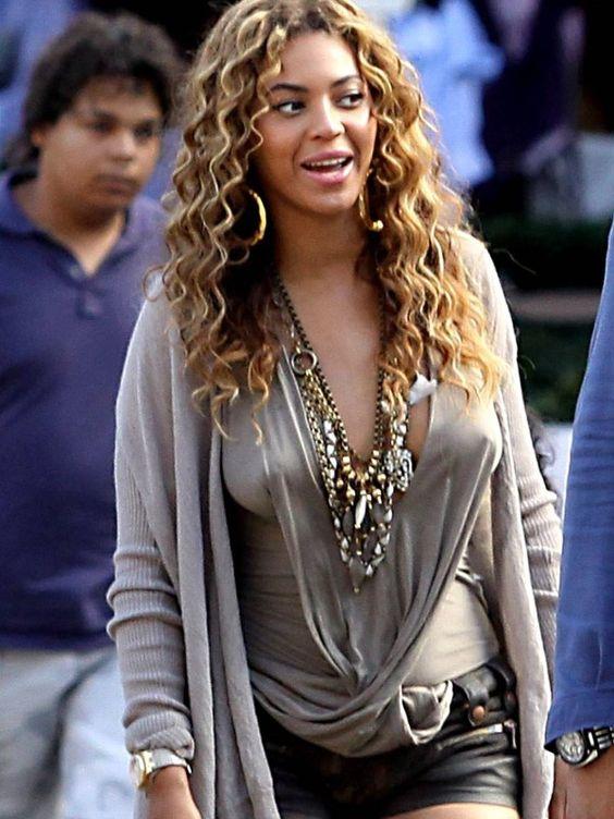 Beyonce Hard Nipples 38
