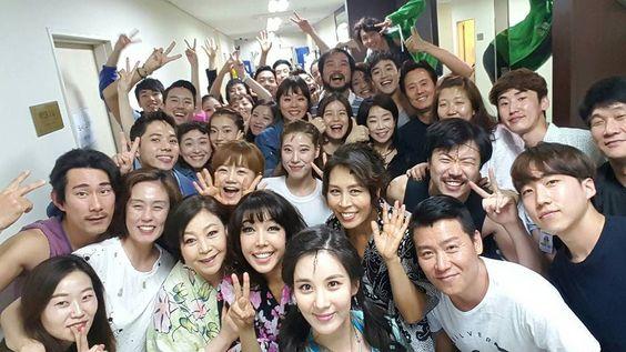 "Seostagram on Twitter: ""[INSTAGRAM] seojuhyun_s: 맘마미아!!!!♡ 오늘 서피의 마지막 공연을 마쳤어요~~^^울 맘마미아 식구들의 해피 에너지!!!사진 만으로도 굉… https://t.co/iCjOXtAXrH https://t.co/T56Lbg2Ibn"""