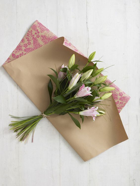 How to Wrap a Bouquet of Flowers