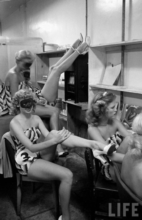 Beautiful legs contest, 1949