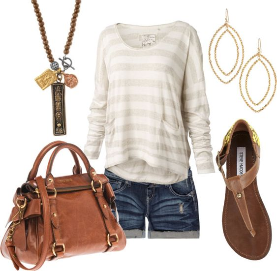 Cute transitional Summer-to-Fall look.