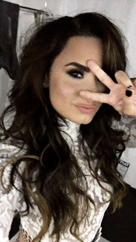 Demi Lovato via Instagram story (ddlovato)