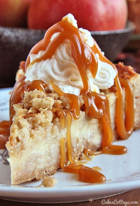 Traditional, The sweet and Apple crisp cheesecake on Pinterest