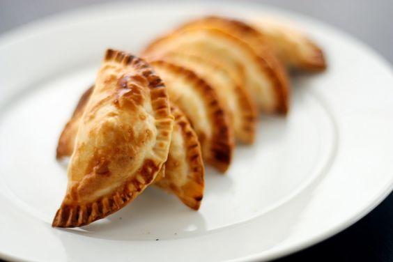 Desayunos deliciosos: Empanadillas de atún guisado. http://i24mundo.com/2014/09/17/desayunos-deliciosos-empanadillas-de-atun-guisado/