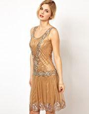 Frock and Frill – Paillettenverziertes Kleid mit tiefem V-Ausschnitt
