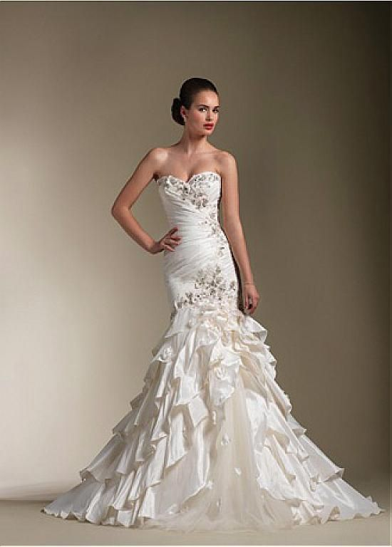 Chic Taffeta & Tulle Sweetheart Neckline Trumpet Wedding Dress With Beaded Lace Appliques & Handwork Flowers
