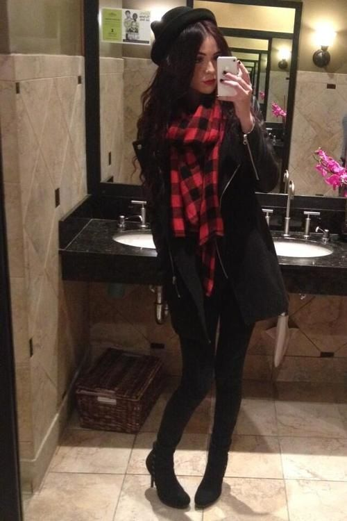 ACACIA BRINLEY CLARK WHO GAVE YOU THE RIGHT TO BE SO PERFECT