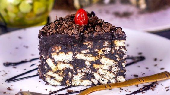 طرز تهیه کیک یخچالی ساده و خوشمزه خانگی با بیسکویت پتی بور Recipe In 2021