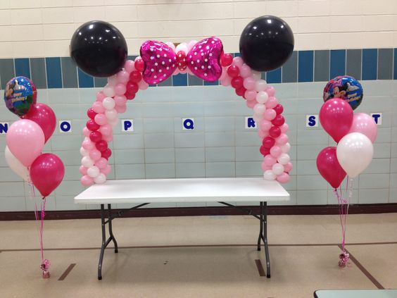 Minnie Mouse Table Balloon Arch Mickey Amp Minnie